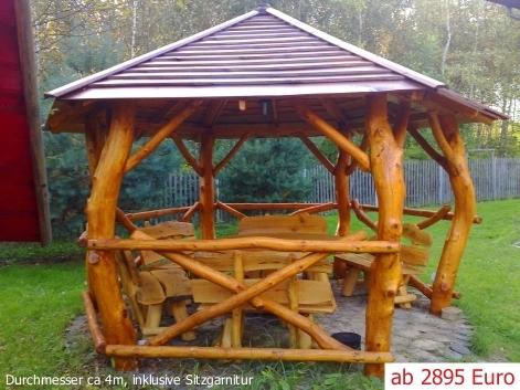 Garten Pavillon groß Outdoor Küche Rasen Treppe